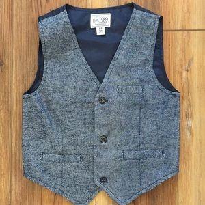 Boys dress up vest.  Size 5/6